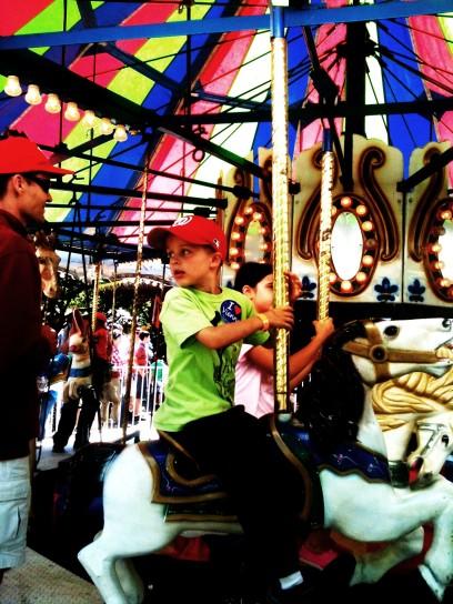 merry go round ride