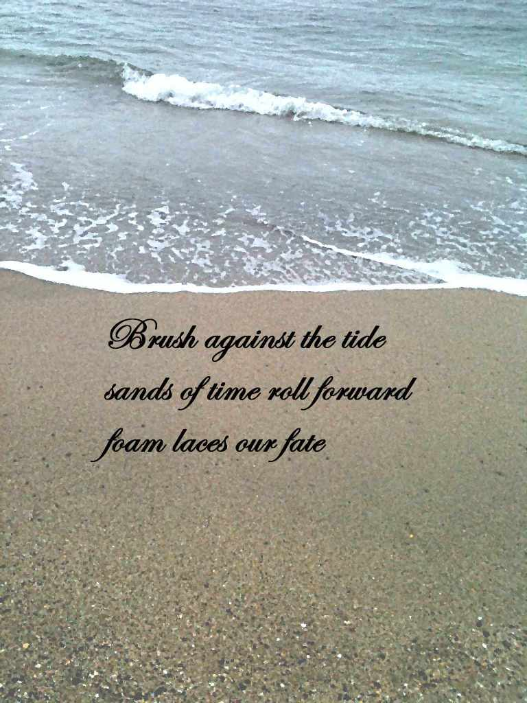 sea foam haiku